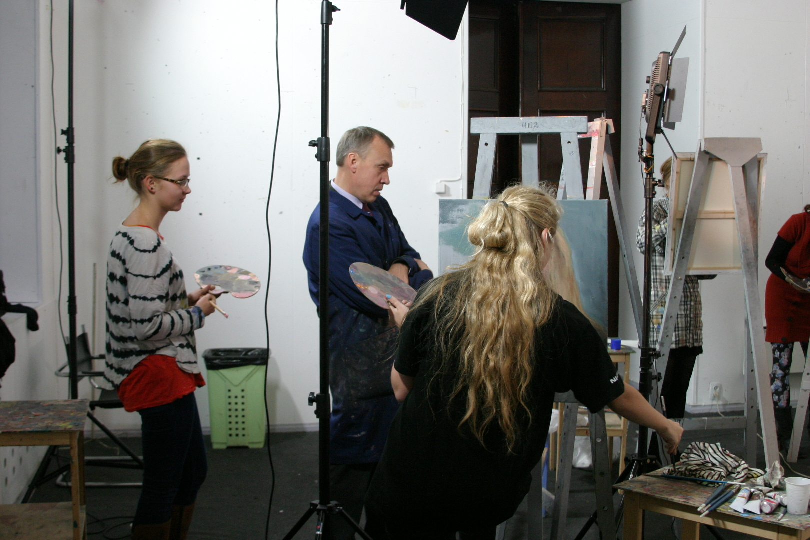 Portree ja figuur Eesti Kunstiakadeemia maali II kursus